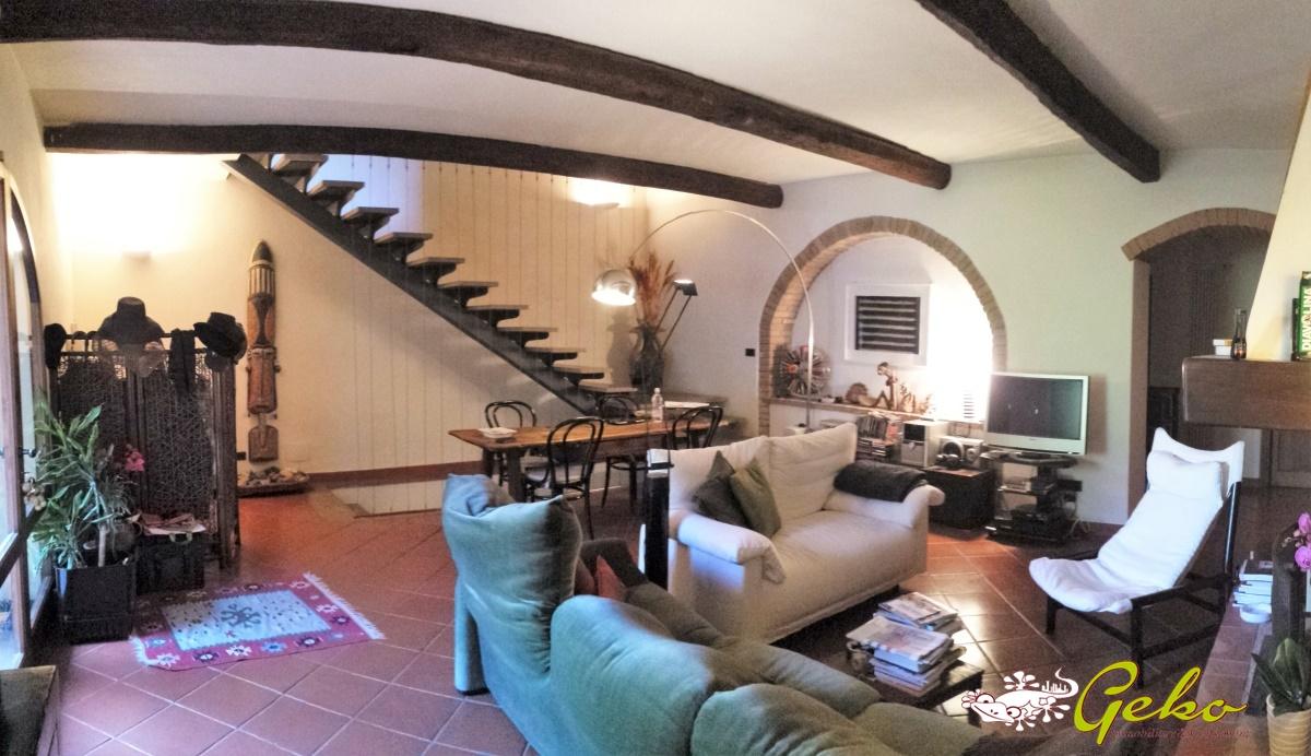 Villa in vendita a San Gimignano, 13 locali, prezzo € 799.000 | Cambio Casa.it