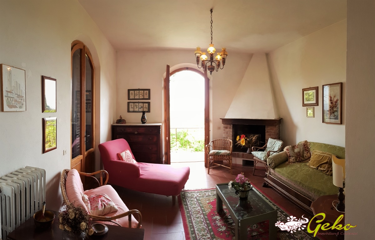 Villa in vendita a San Gimignano, 13 locali, prezzo € 730.000 | CambioCasa.it
