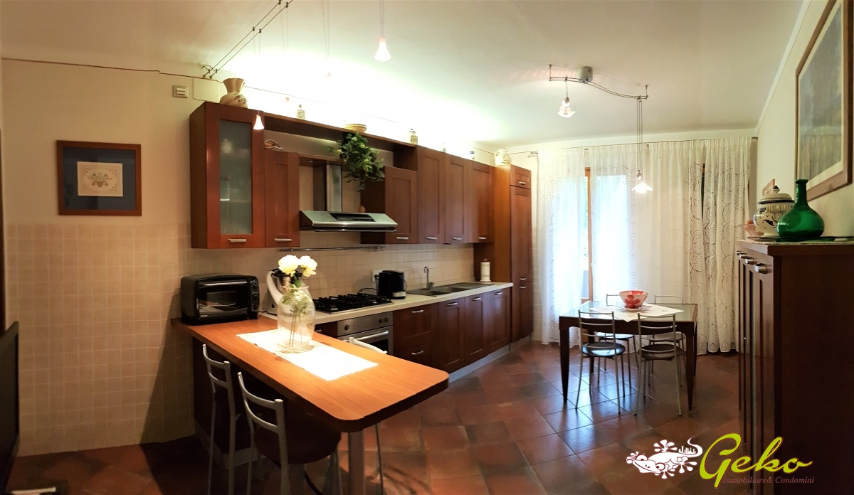 Vendita appartamenti san gimignano appartamento appena for Costruttori di appartamenti garage