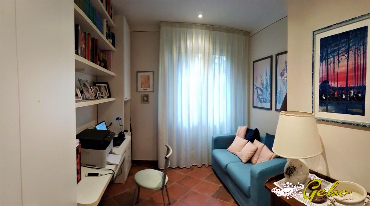 Appartamenti San Gimignano - Appartamento appena fuori le mura di ...