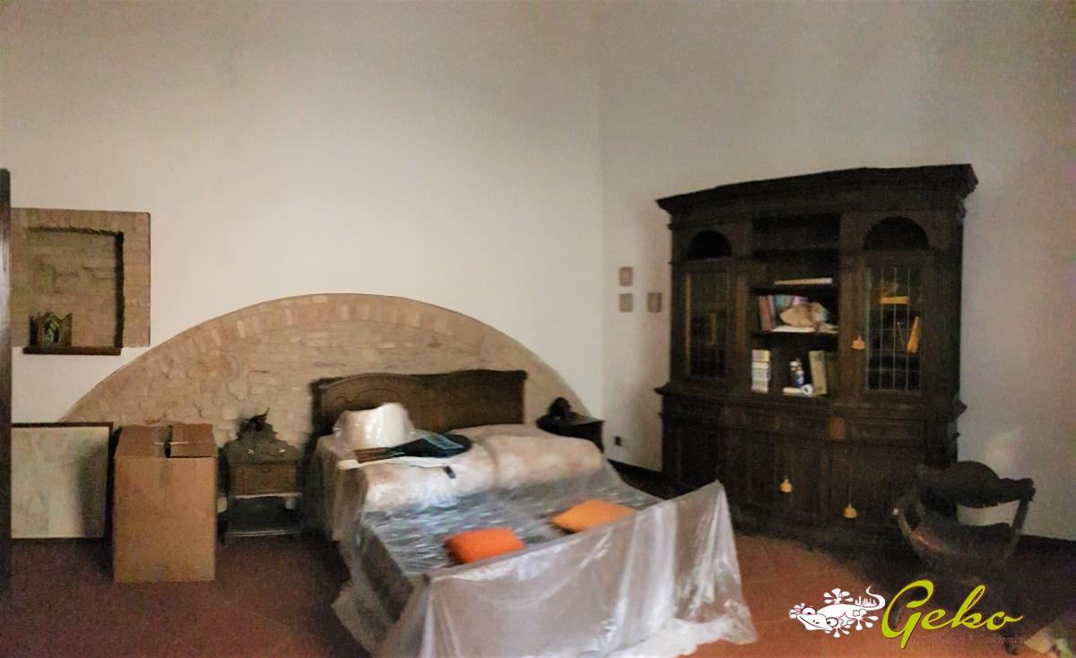 Appartamento in affitto a San Gimignano, 5 locali, prezzo € 600 | CambioCasa.it