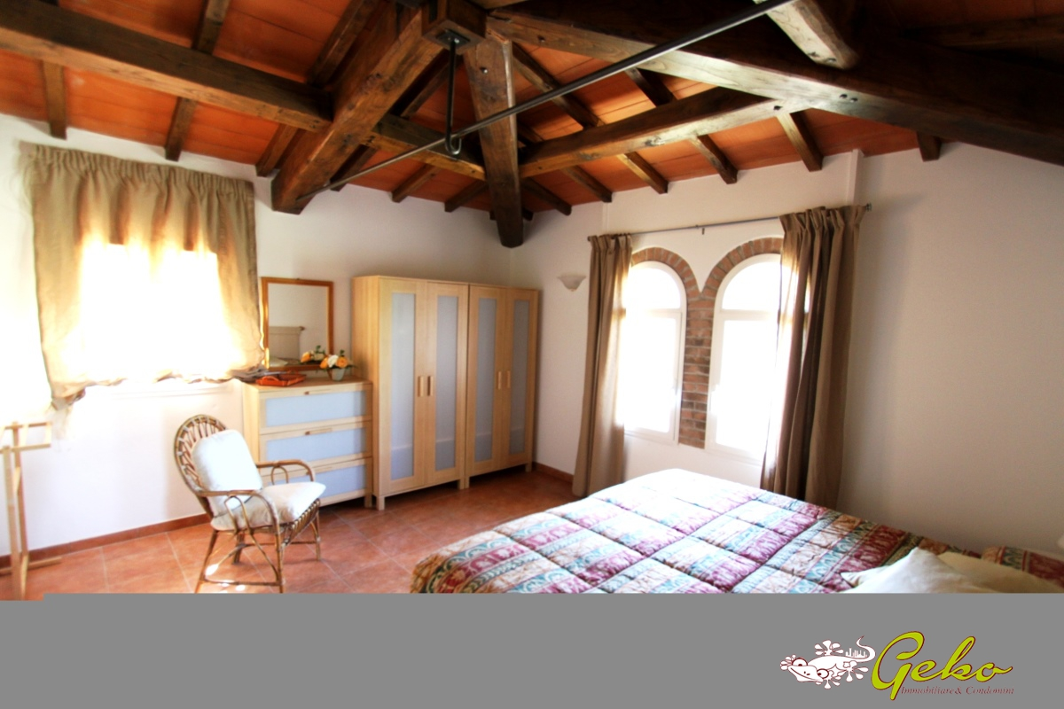 Villa affitto San Gimignano (SI) - 3 LOCALI - 54 MQ