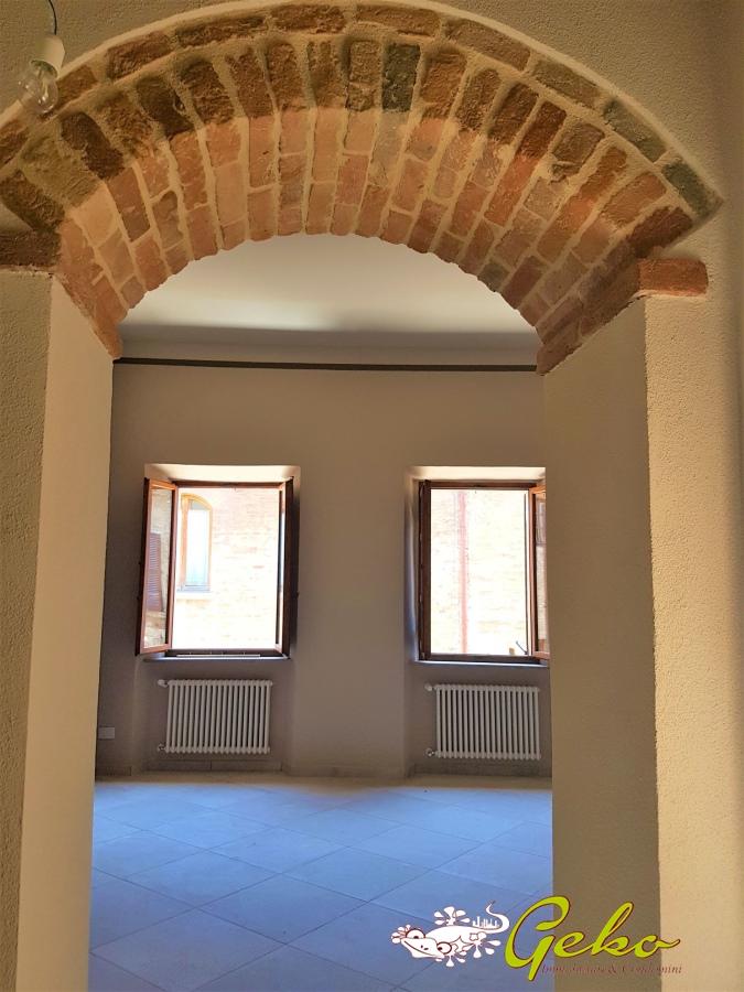 Appartamento in vendita a San Gimignano, 2 locali, prezzo € 205.000   CambioCasa.it