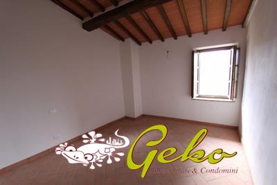 Appartamento vendita SAN GIMIGNANO (SI) - 5 LOCALI - 110 MQ