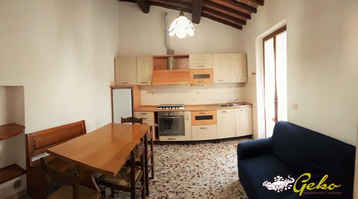 Villa in vendita a San Gimignano, 3 locali, prezzo € 140.000 | CambioCasa.it