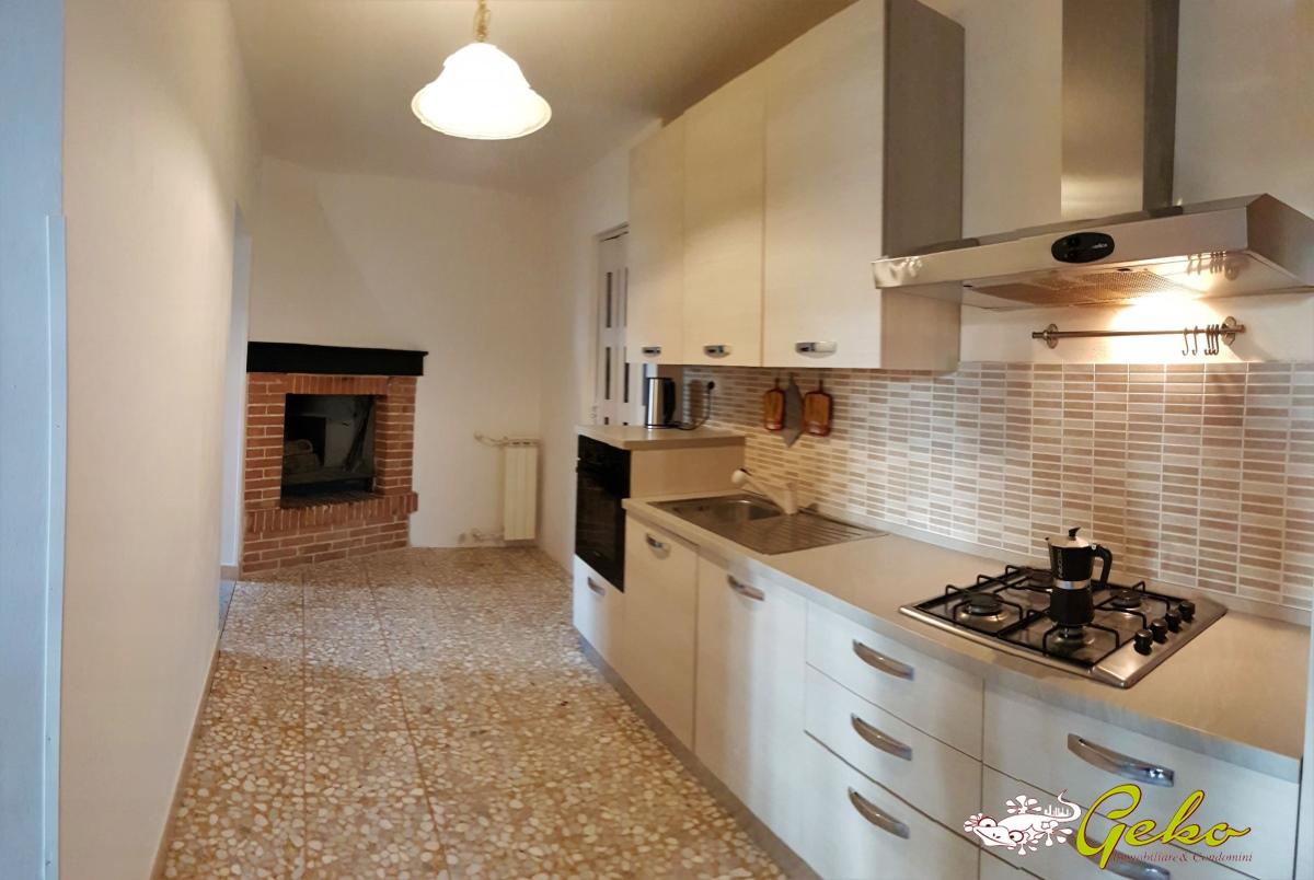 Appartamento vendita SAN GIMIGNANO (SI) - 5 LOCALI - 82 MQ