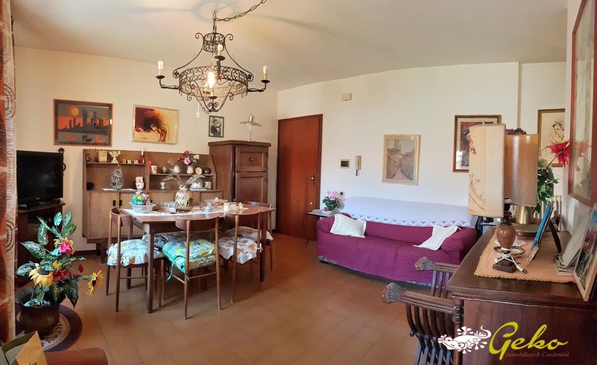 Appartamento in vendita a San Gimignano, 5 locali, prezzo € 180.000   CambioCasa.it