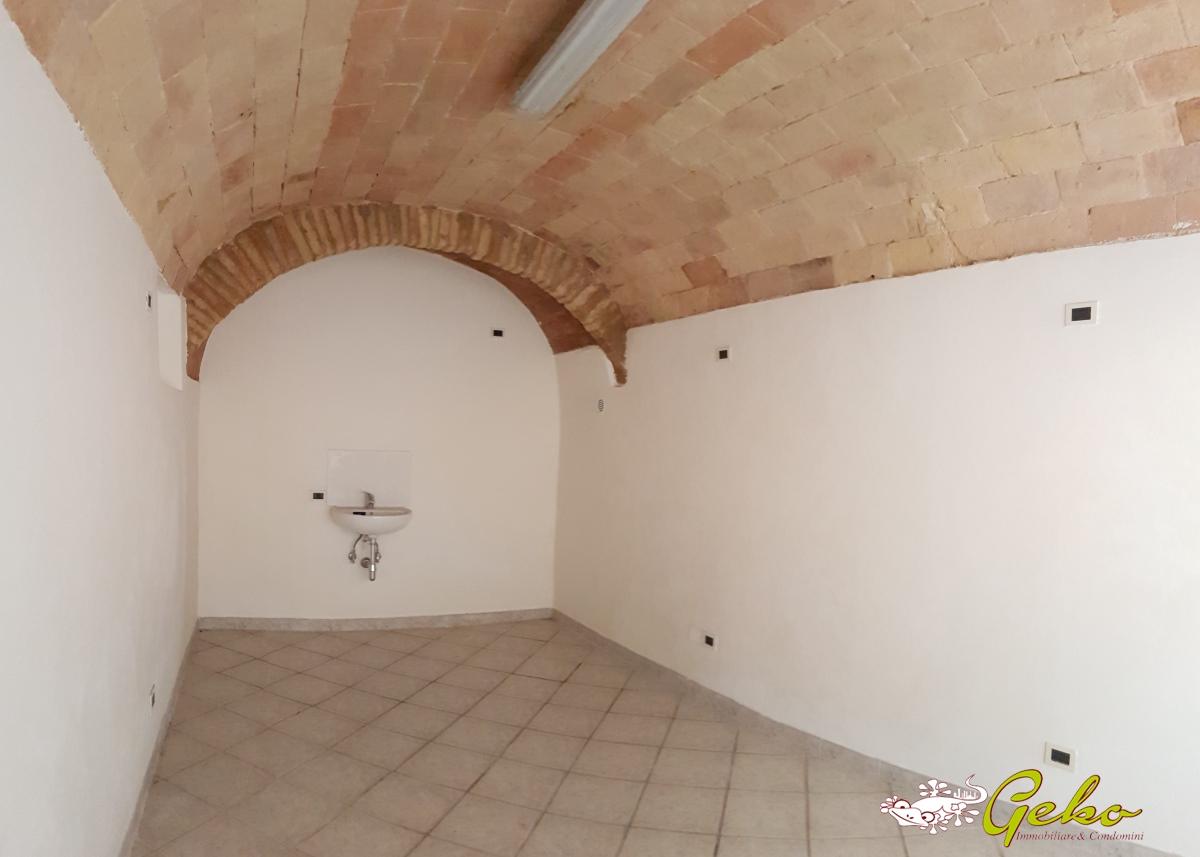 Box / Garage in vendita a San Gimignano, 1 locali, prezzo € 45.000 | CambioCasa.it