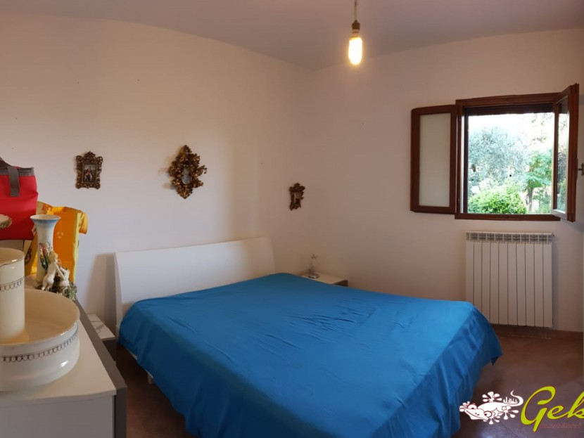 For Sale Houses in countryside San Gimignano - Two room flat with garden and garage in countryside  Locality