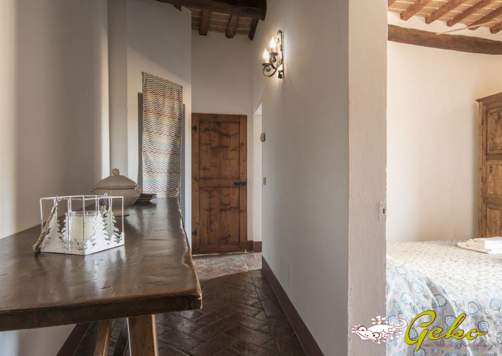 Sale Apartments San Gimignano - Flat with landscape in historical centre with furnitures Locality