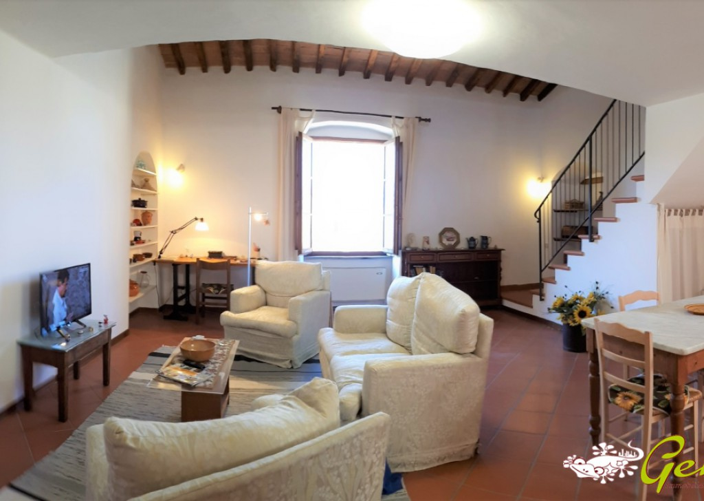 For Sale Apartments Barberino Val d'Elsa - Two rooms flat in Vico d' Elsa Locality