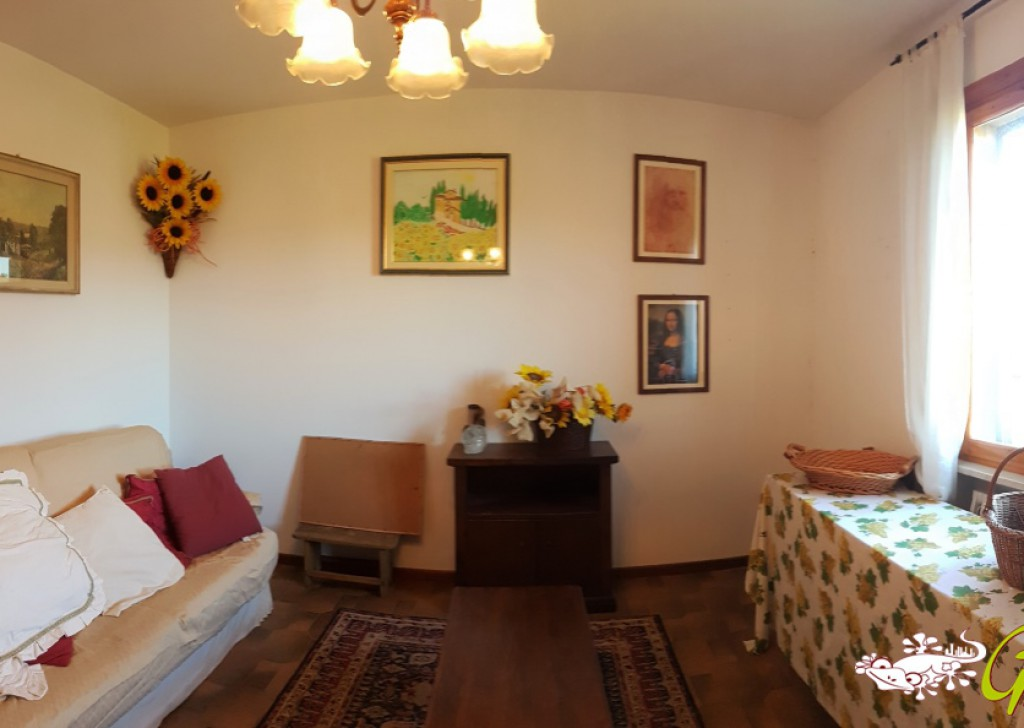 Sale Apartments San Gimignano - Flat with garage and balcony near centre Locality