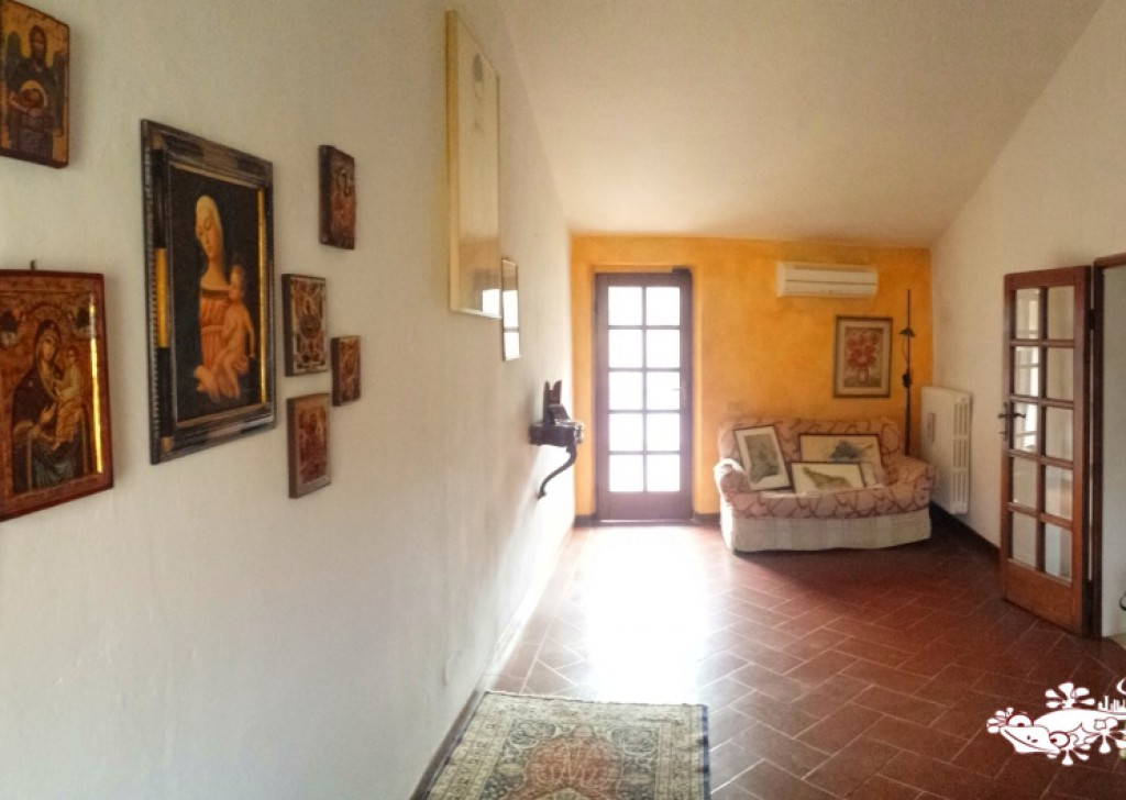 Sale Apartments San Gimignano - 90sm FLAT WITH PANORAMIC BALCONY Locality
