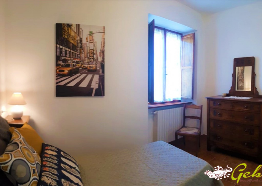 Sale Apartments San Gimignano - APARTMENT NEXT TO THE HISTORICAL CENTRE WITH CAR PLACE Locality