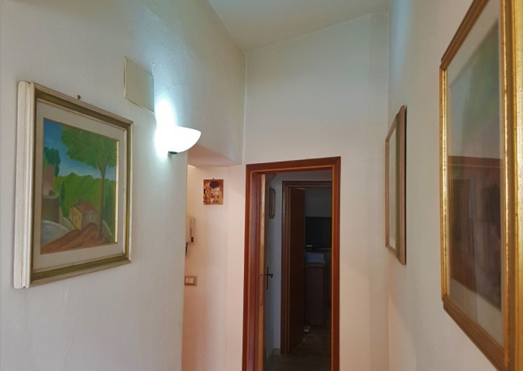 Sale Apartments San Gimignano - renewed flat 88 smq with car place next the historical centre  Locality