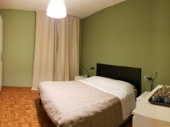 150 sqm flat with balconies and car box - 4