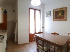 ground floor flat 90 sqm with garden and garage  - 1