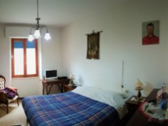 ground floor flat 90 sqm with garden and garage  - 5