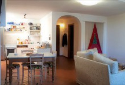 Two rooms flat in Vico d' Elsa