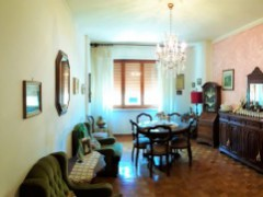 apartment 100 sqm with terrace , basement and parking close to the Centre - 2