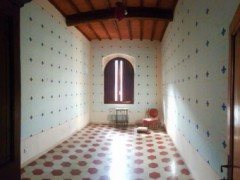 Prestigious building 350  sm in the historical centre with garage  - 9
