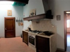 Prestigious building 350  sm in the historical centre with garage  - 6