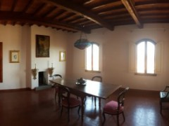 Prestigious building 350  sm in the historical centre with garage  - 3