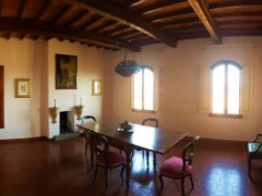 Prestigious building 350  sm in the historical centre with garage  - 4