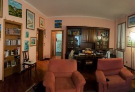 Flat of 115 sqm  with garage
