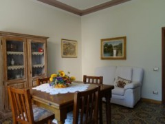 flat ground floor 148 sqm with private garden and garage - 1