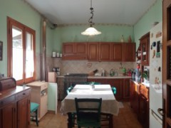 COUNTRY HOUSE 165 SQM WITH GARDEN AND LAND - 3