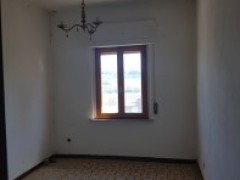 SEMI-DETACHED HOUSE 130 SQM  WITH GARDEN - 4