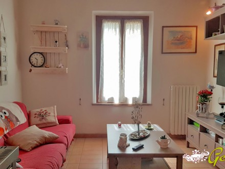 RENOVATED FLAT 64 SQM GROUND FLOOR