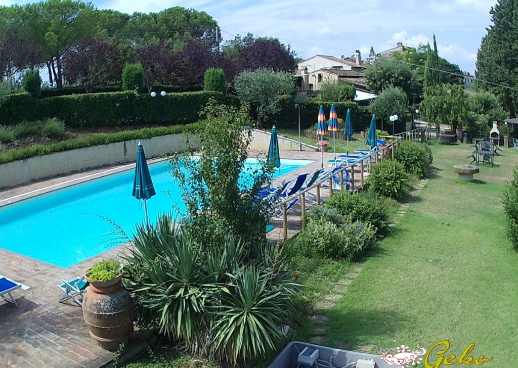 Sale Houses in countryside Certaldo - SALE FARMHOUSE  WITH SWIMMING POOL AND LAND Locality