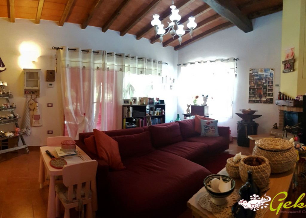 Sale Houses in countryside San Gimignano - 108 sm Flat in countryside with garden free entrance Locality