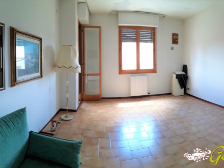 90sqm FLAT with balcony  and car box